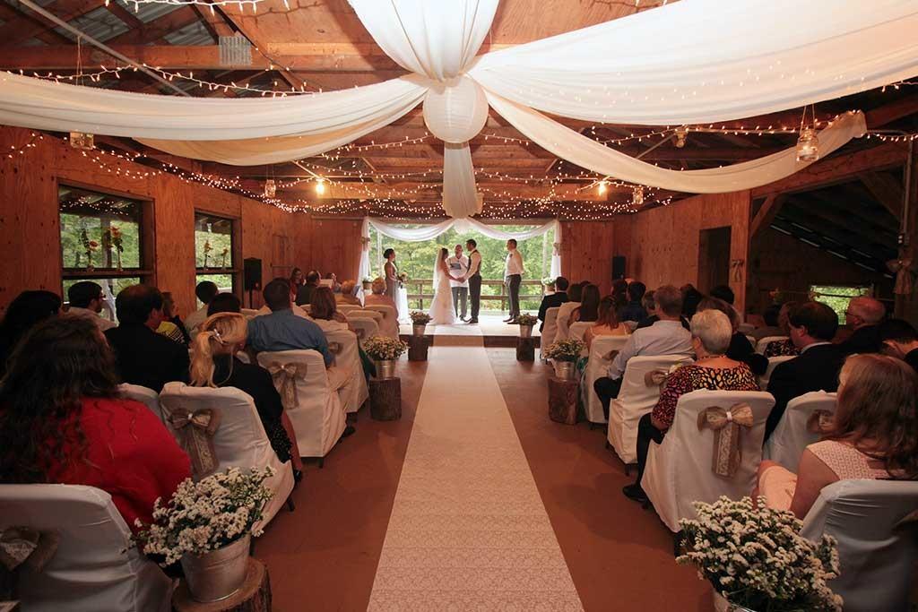 Wedding in Activity Barn